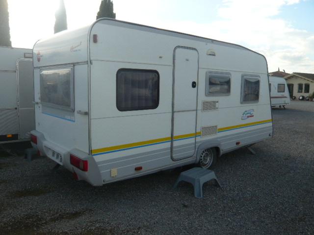 Caravan innb rstner fun sport caravan inn for Luifel caravan aanbieding